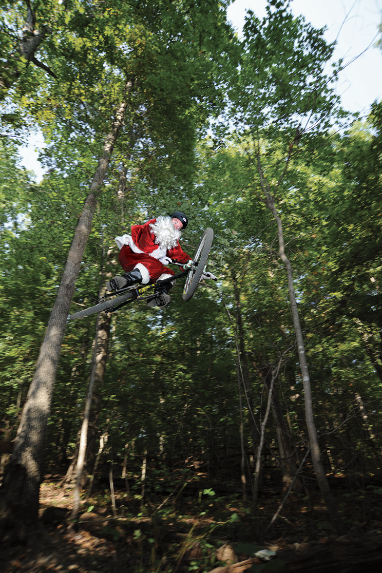 Santa - Dogboy - Mountain Biking Pictures - Vital MTB