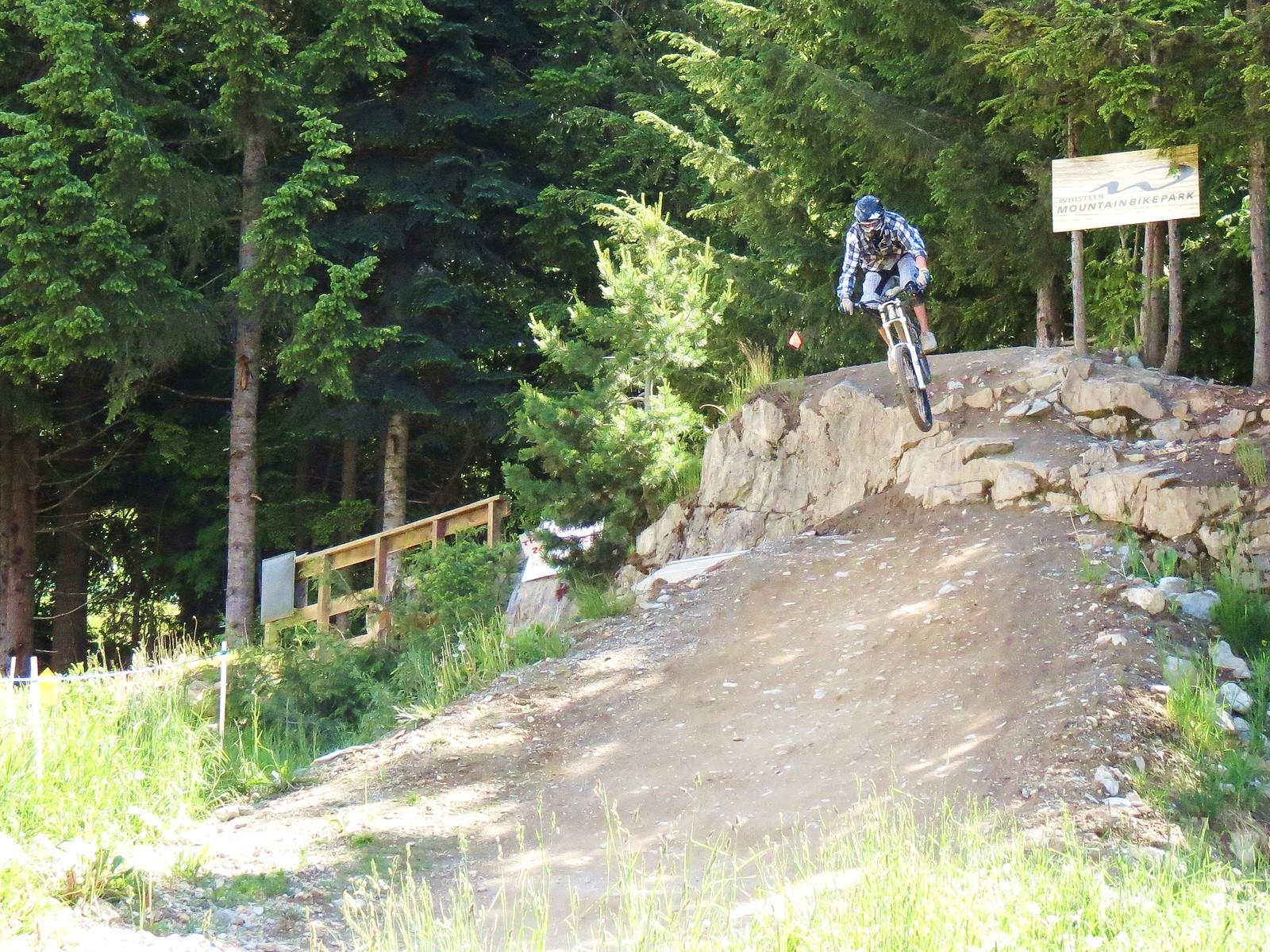 IMG 3532 (2) - Moosey - Mountain Biking Pictures - Vital MTB