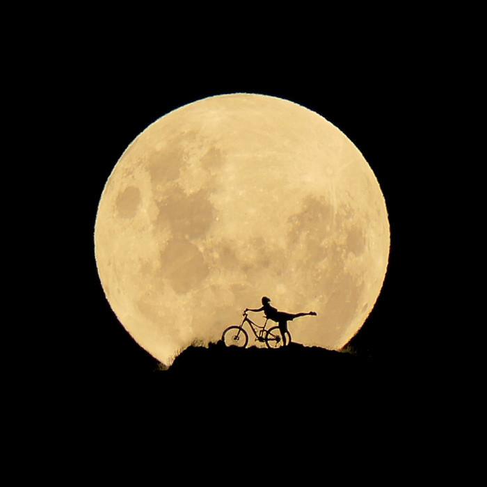 MTB Moon Goddess #labellaluna - digitalhippie - Mountain Biking Pictures - Vital MTB