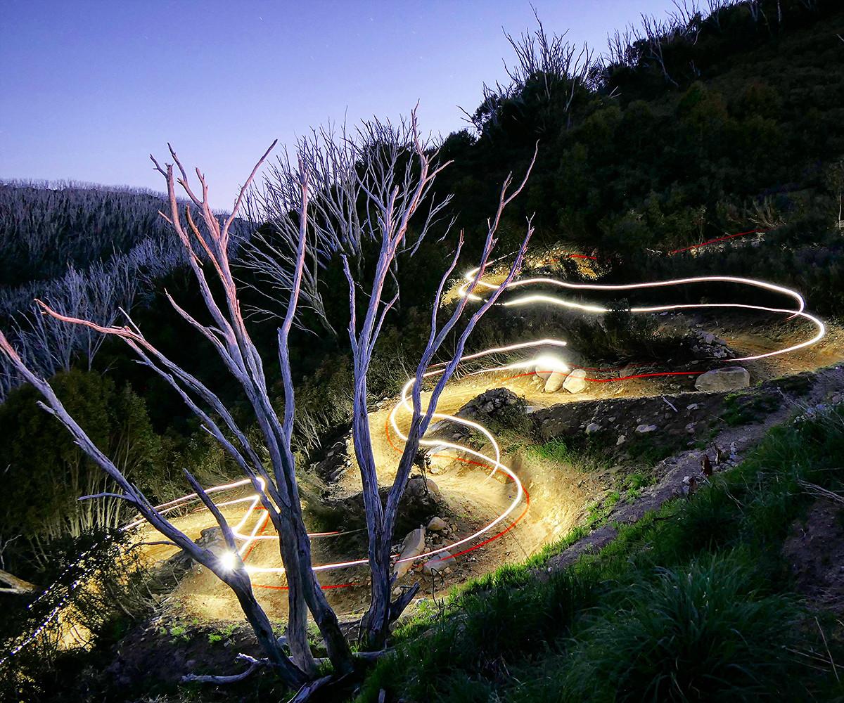 MTB Night Life - digitalhippie - Mountain Biking Pictures - Vital MTB