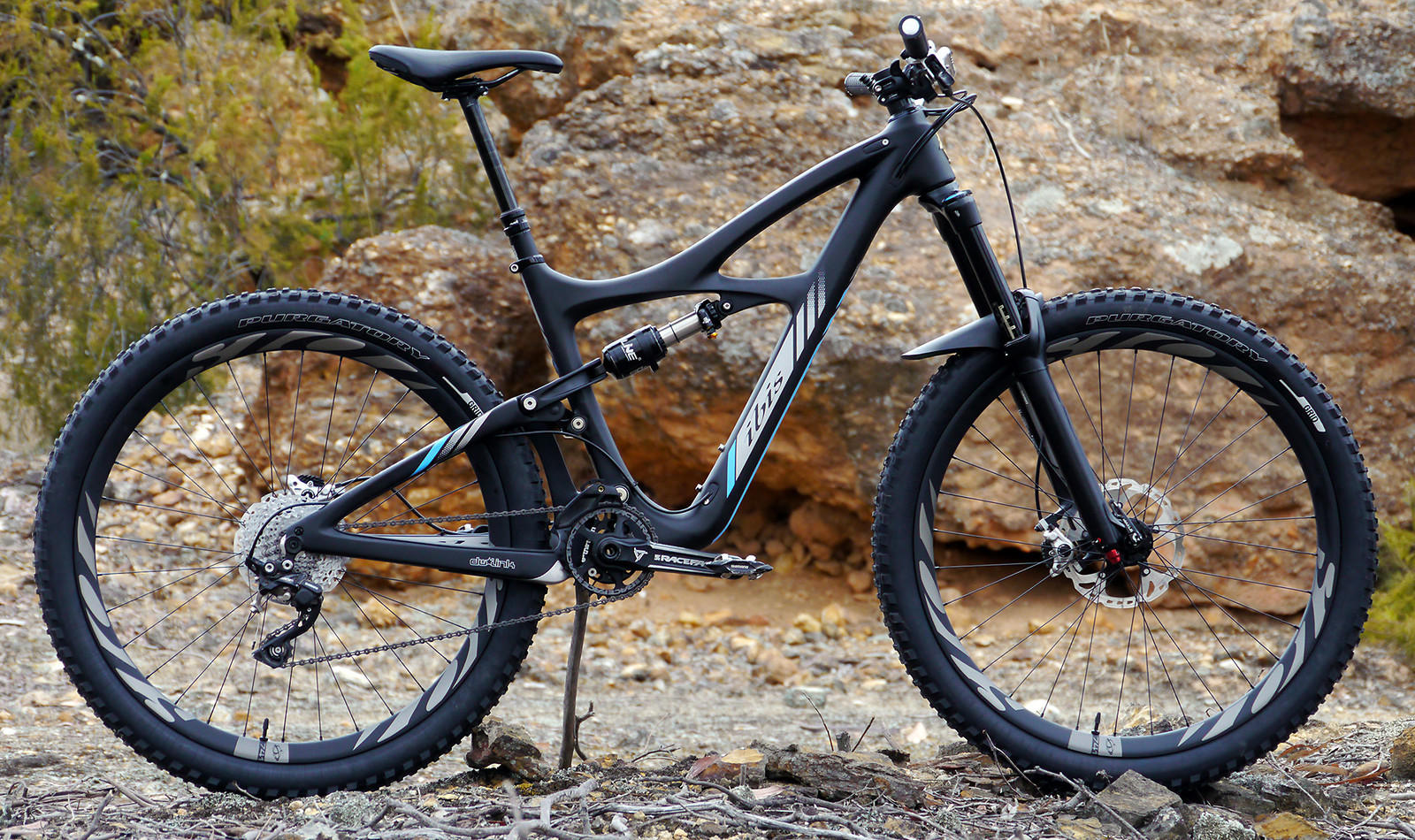 Love my Ibis Mojo HD3. Dream bike. Stealthy, nasty and goes like the clappers.