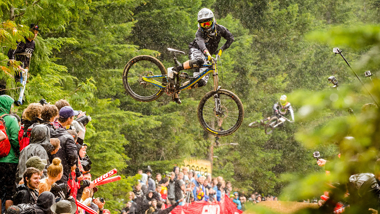 2013 OFFICIAL WHIP OFF WORLD CHAMPIONSHIPS VIDEO