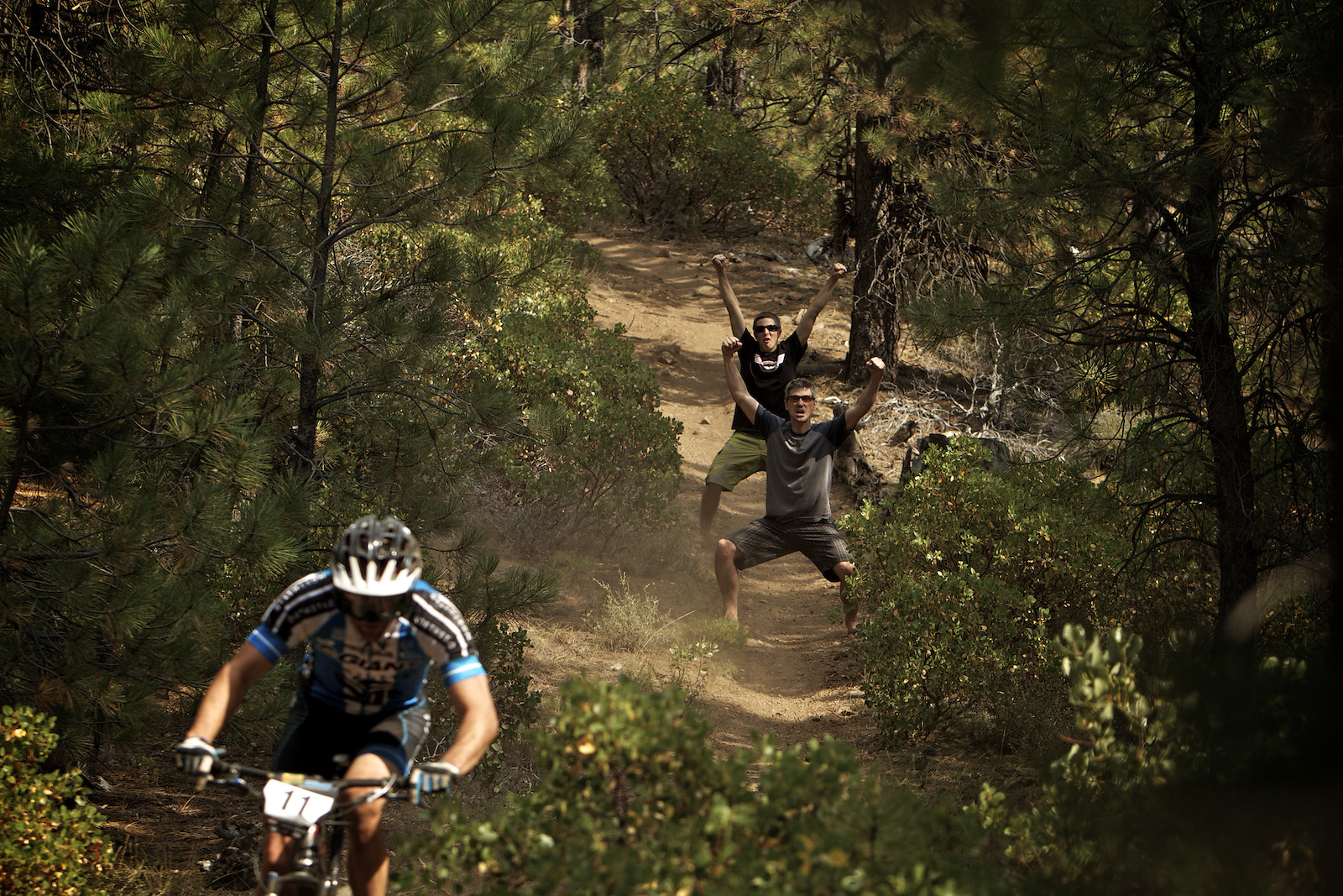 2012 Sisters Enduro Photobomb. - corytepper.com - Mountain Biking Pictures - Vital MTB