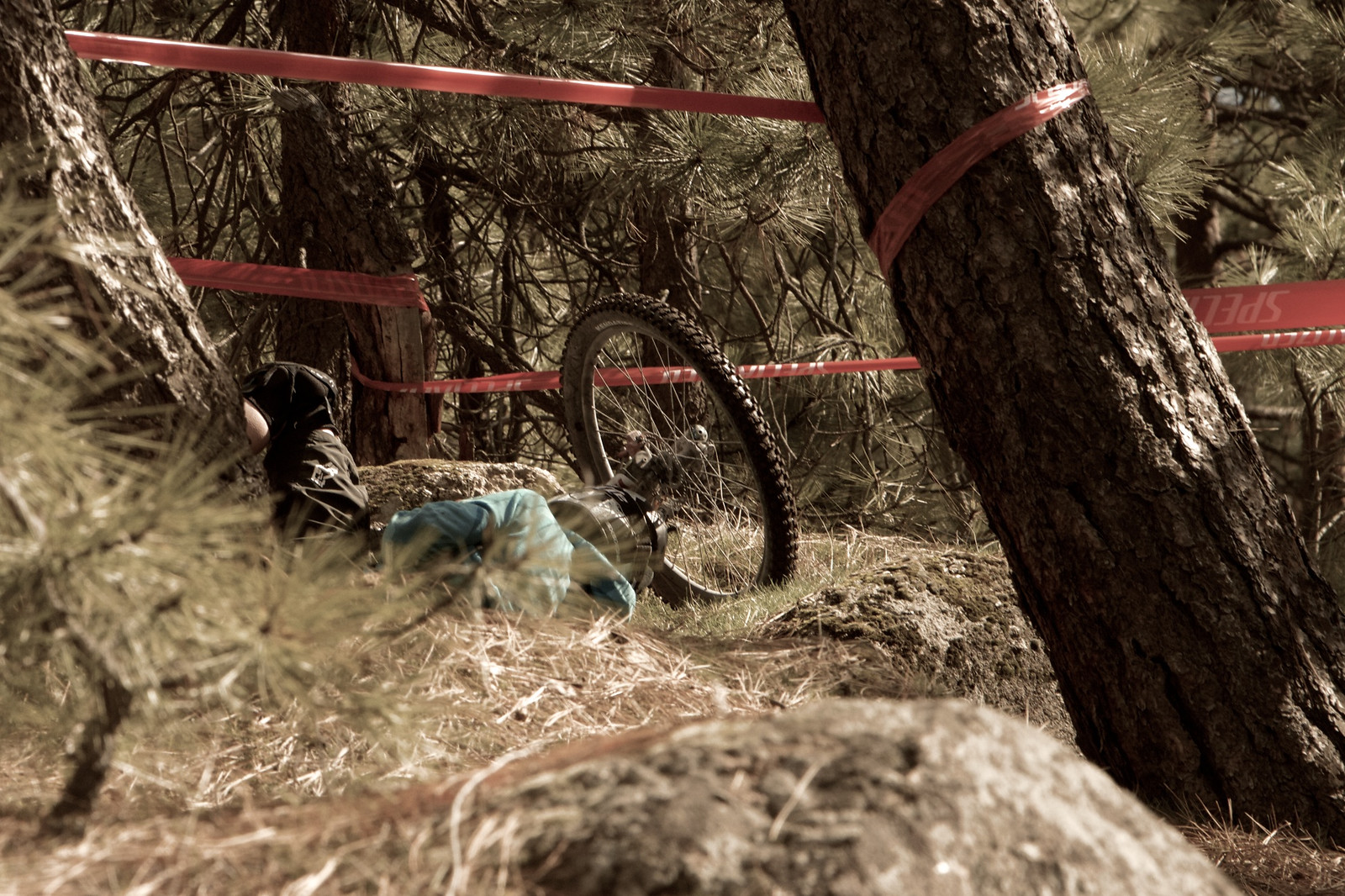 Some Riders Paid the Price at Beacon Hill - corytepper.com - Mountain Biking Pictures - Vital MTB