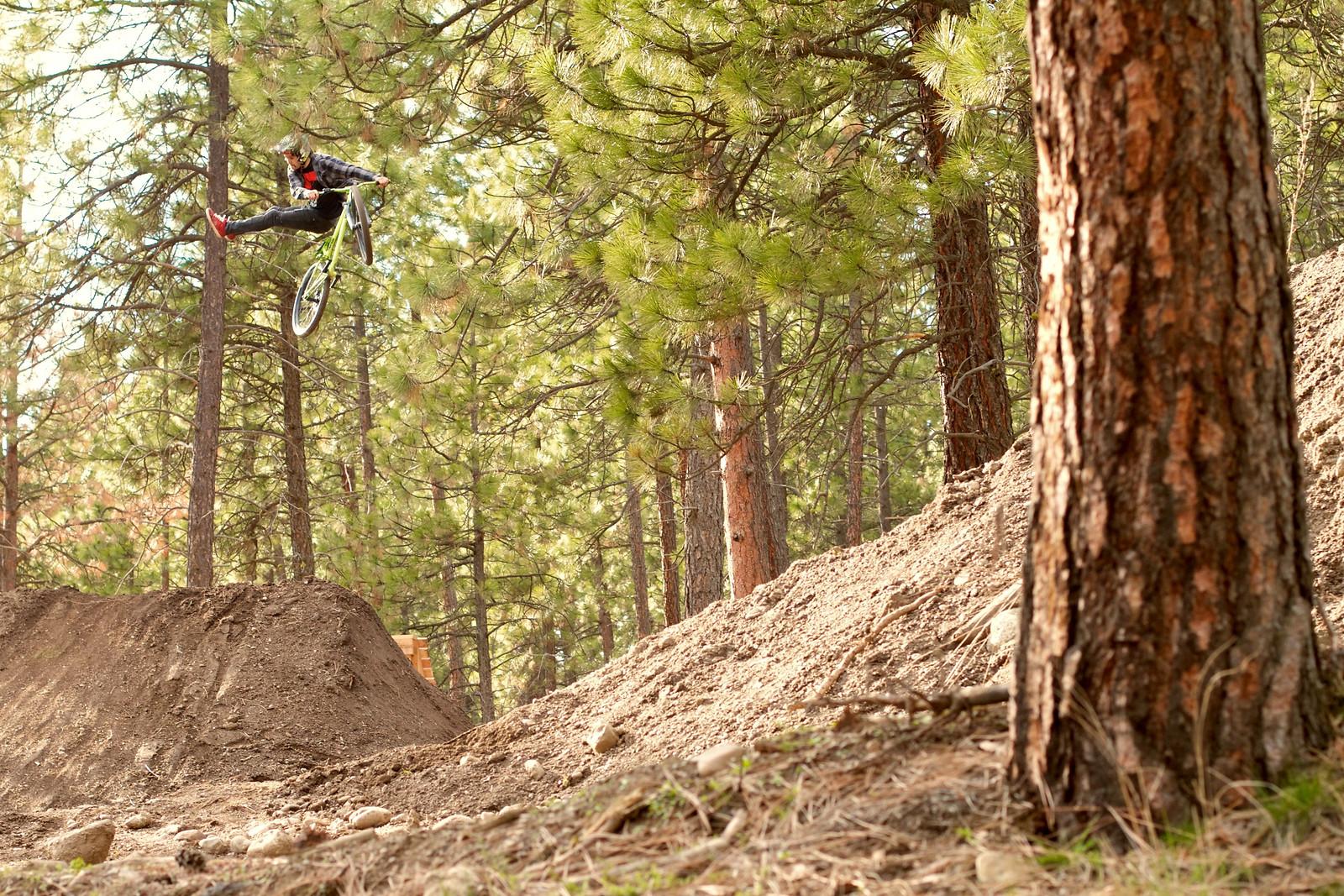 Steven Bafus No-Foot Can - corytepper.com - Mountain Biking Pictures - Vital MTB