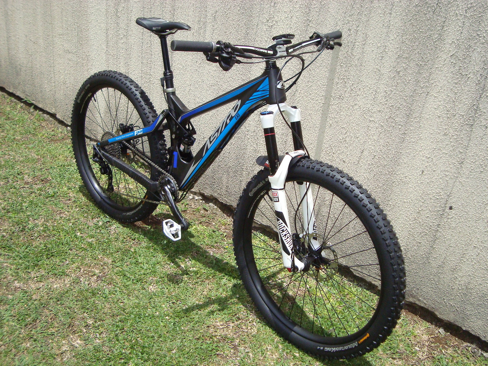 Astro FSS Carbon Enduro - UPDATE - (New Wheels and Tires)