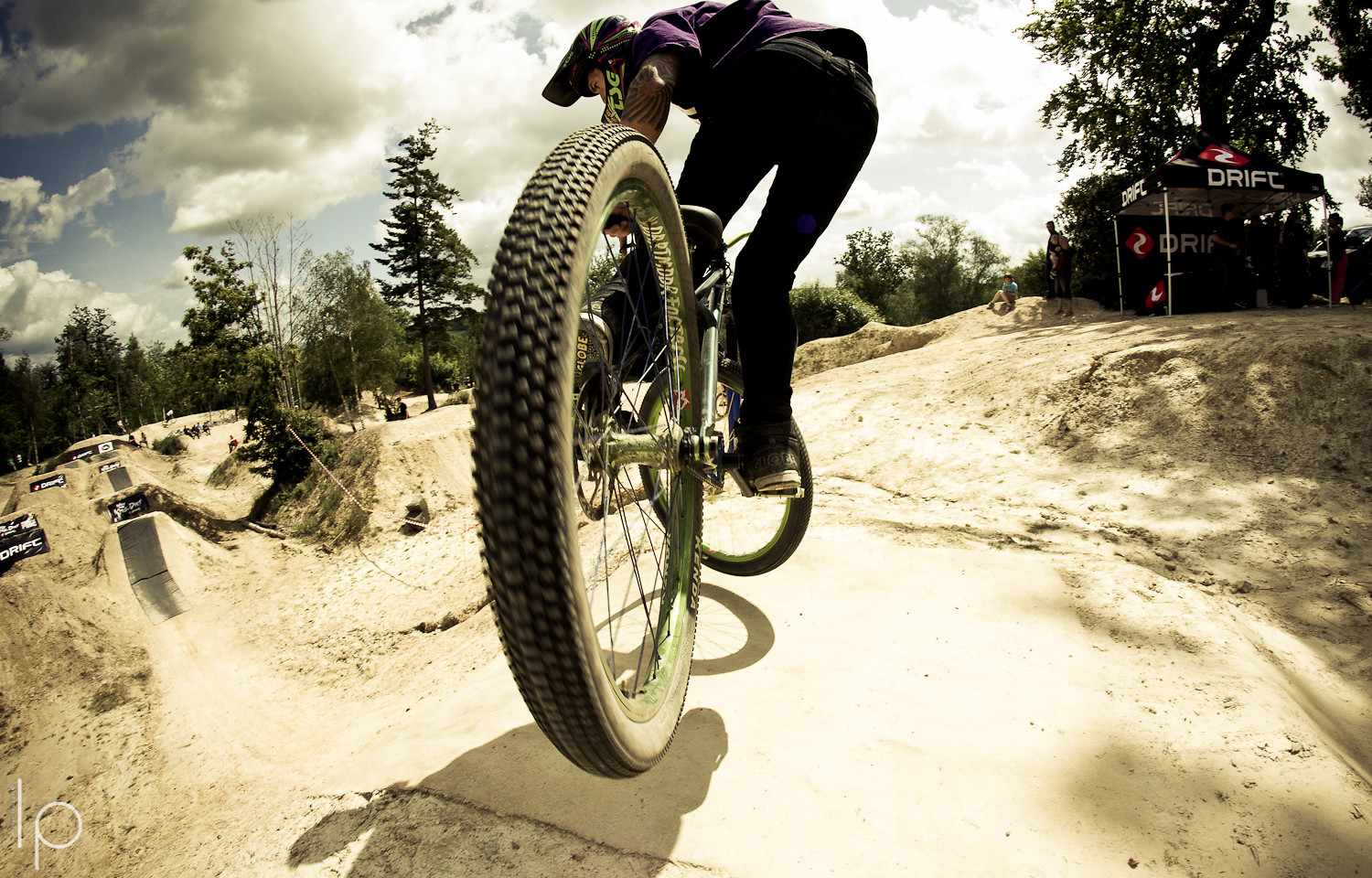 Getting close to the action  - Declan_Lepage - Mountain Biking Pictures - Vital MTB