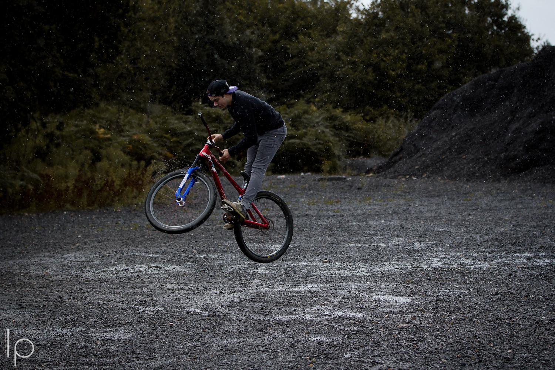 Bars in the rain - Declan_Lepage - Mountain Biking Pictures - Vital MTB