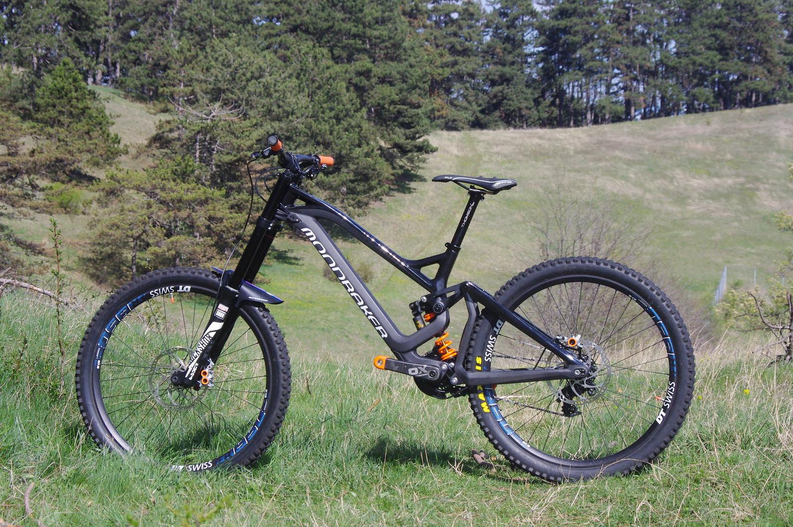 Custom Mondraker Summum Carbon Black - Ionut_Sava's Bike Check