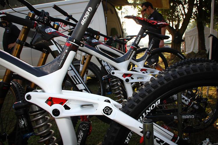 2012 Trek World Racing Session DH Bikes - iamcycho - Mountain Biking Pictures - Vital MTB