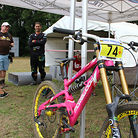 Hutchinson United Ride Morewood Team Bike