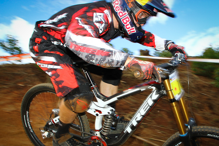 Aaron Gwin - Too Fast - iamcycho - Mountain Biking Pictures - Vital MTB