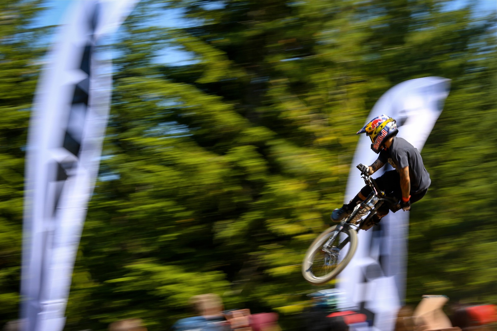 Andreu Lacondeguy Whip - Malcolm Mclaws - Mountain Biking Pictures - Vital MTB