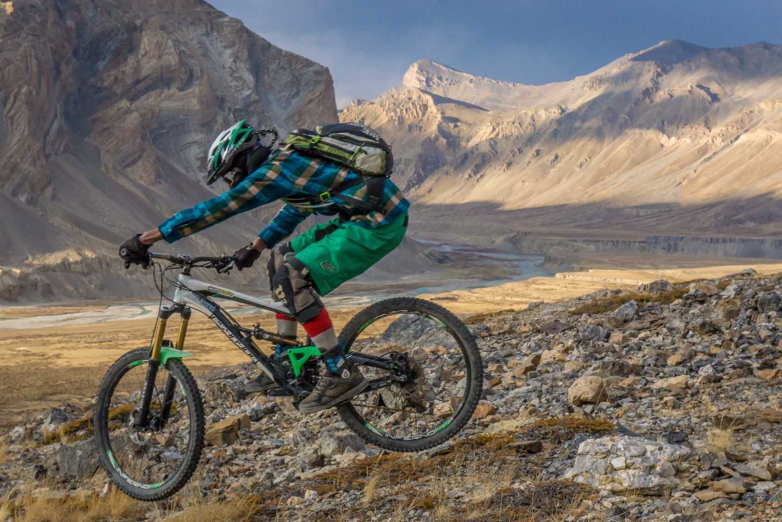 Riding at 14,000 ft in Sarchu - Ladakh - Malcolm Mclaws - Mountain Biking Pictures - Vital MTB