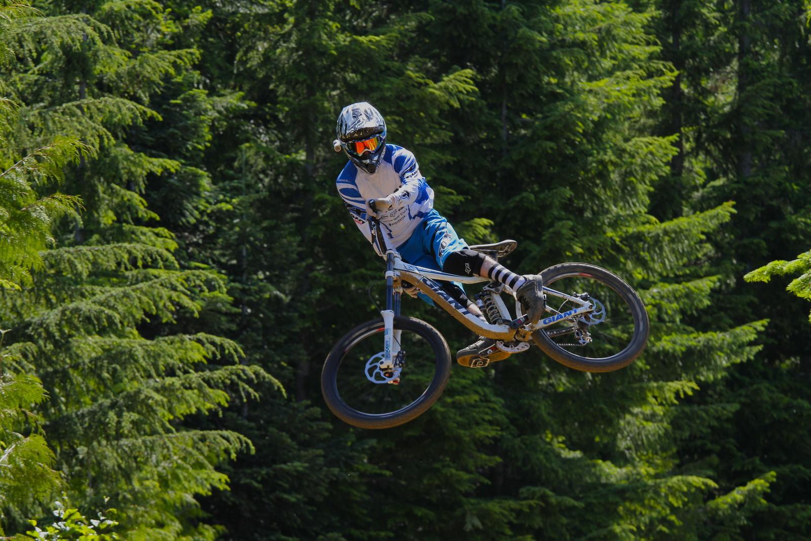 Danny Hart - Malcolm Mclaws - Mountain Biking Pictures - Vital MTB