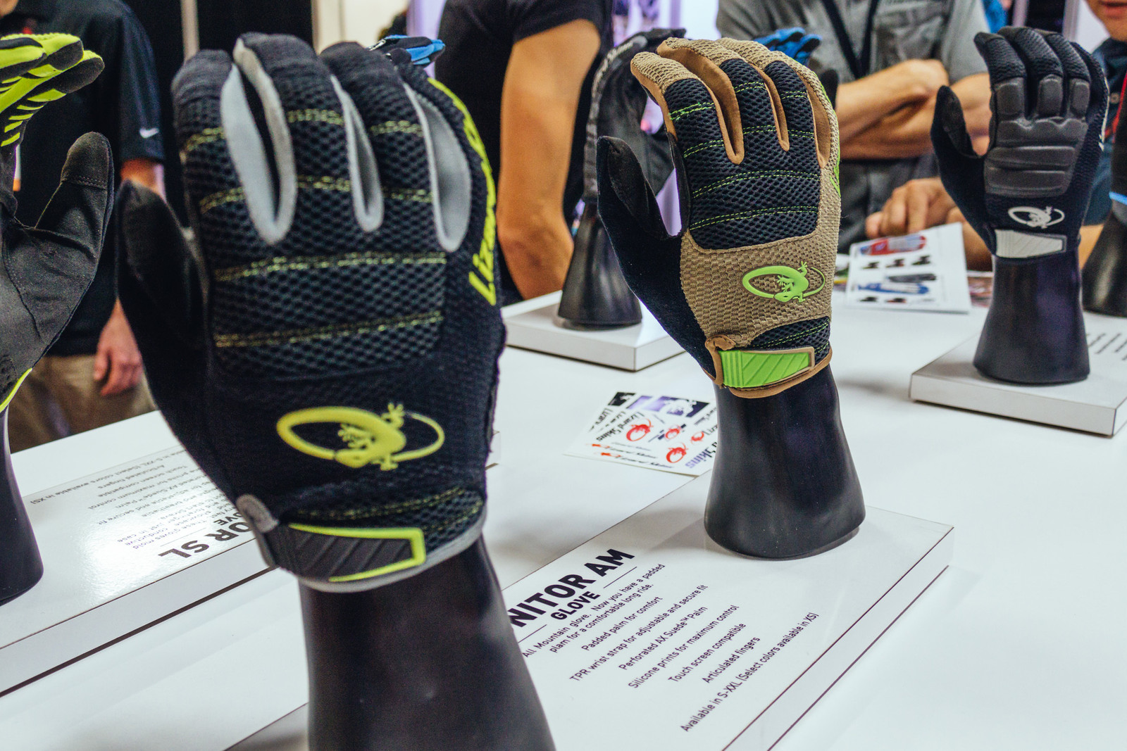 Lizard Skins Monitor Gloves - INTERBIKE - 2017 Mountain Bike Apparel and Protective Gear - Mountain Biking Pictures - Vital MTB