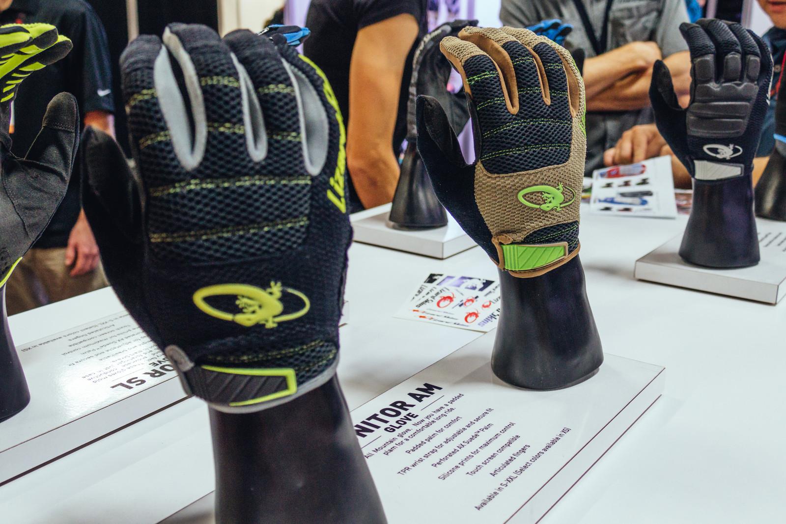 Lizard Skins Monitor Gloves - INTERBIKE - 2017 Mountain Bike Apparel and Protective Gear - Mountain Biking Pictures - Vital MTB