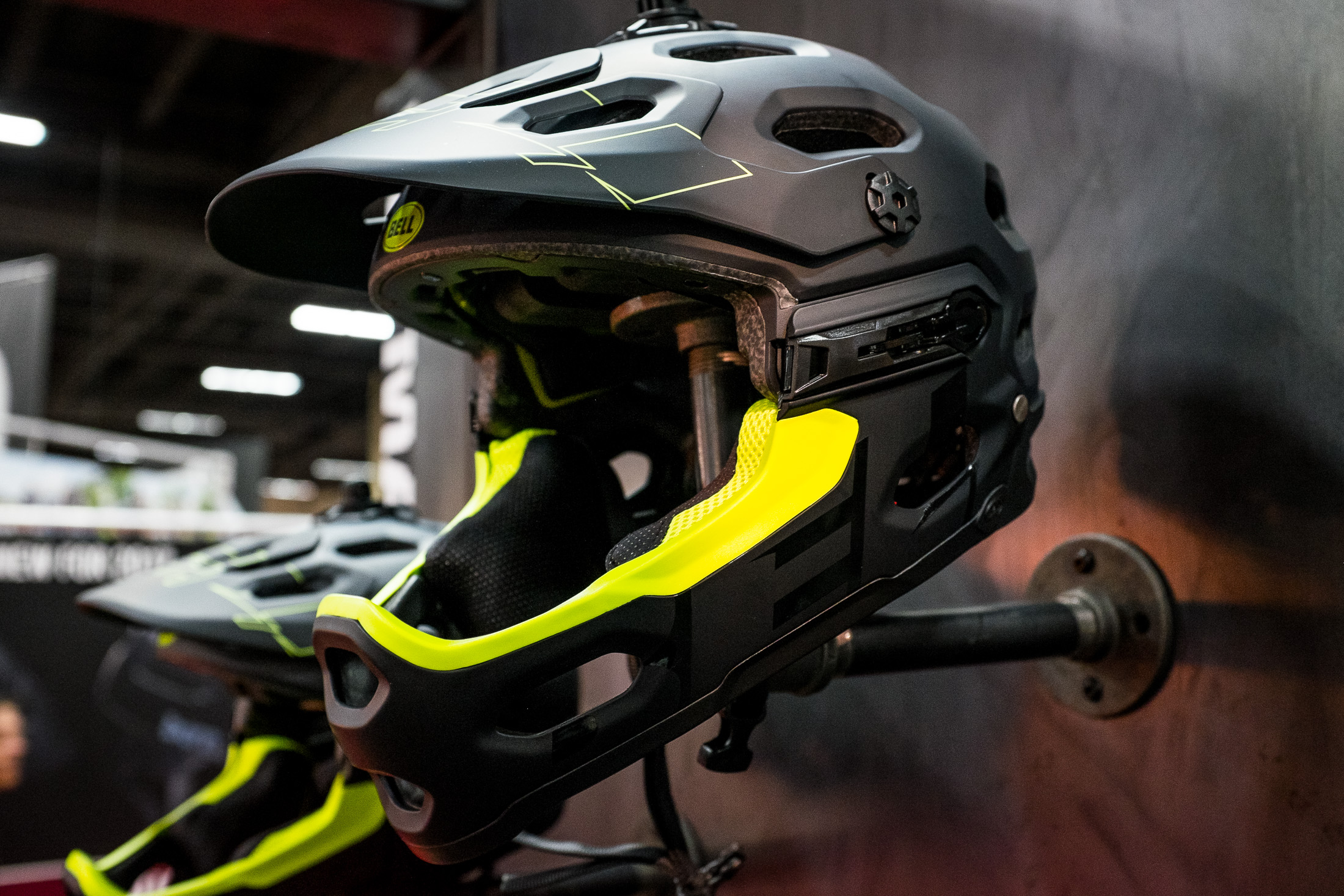 Drag Racing Helmets >> Bell Super 3 and 3R - INTERBIKE - 2017 Mountain Bike Apparel and Protective Gear - Mountain ...
