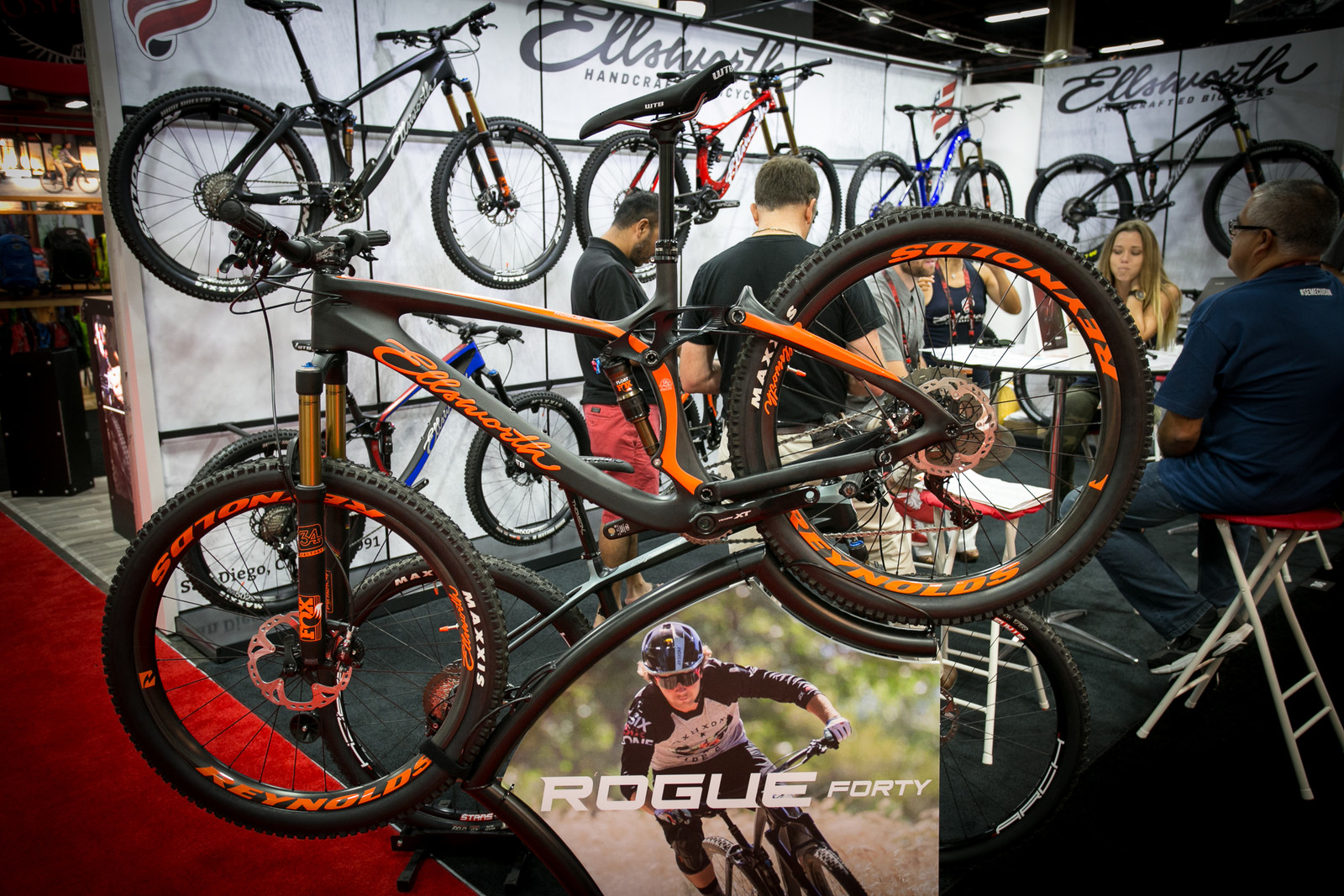 Ellsworth Rogue 40 Trail Bike - INTERBIKE - 2017 Enduro and Trail Bikes - Mountain Biking Pictures - Vital MTB