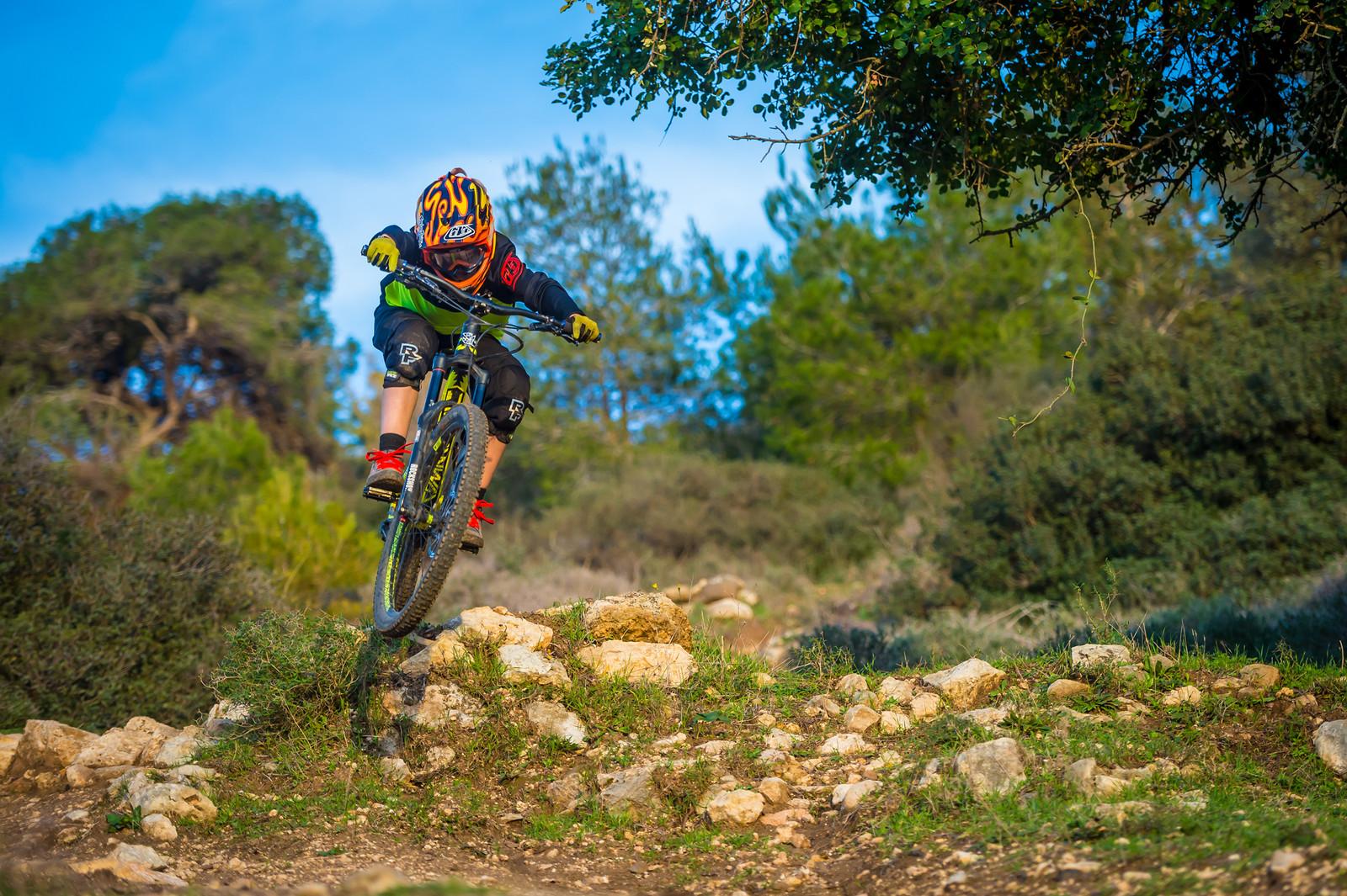 Droppy Scrubby - iceman2058 - Mountain Biking Pictures - Vital MTB