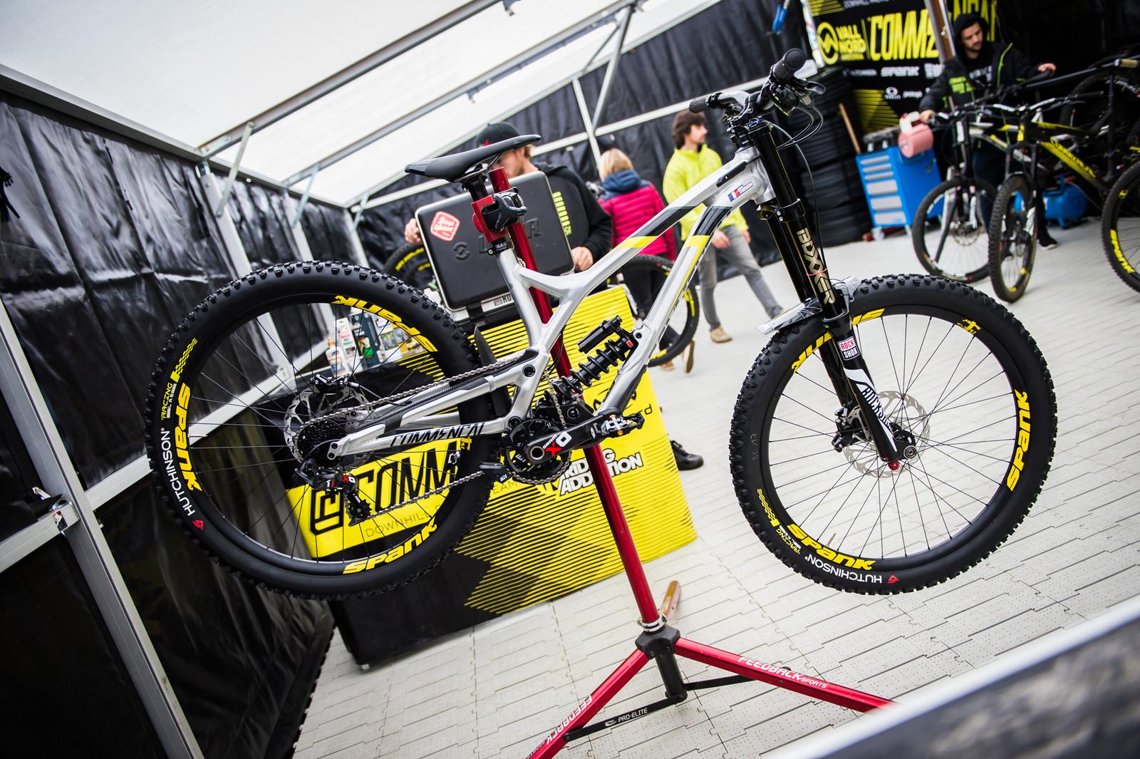 Remi Thirion's Commencal Supreme DH V4.2 - 2017 Lourdes World Cup Pit Bits - Mountain Biking Pictures - Vital MTB