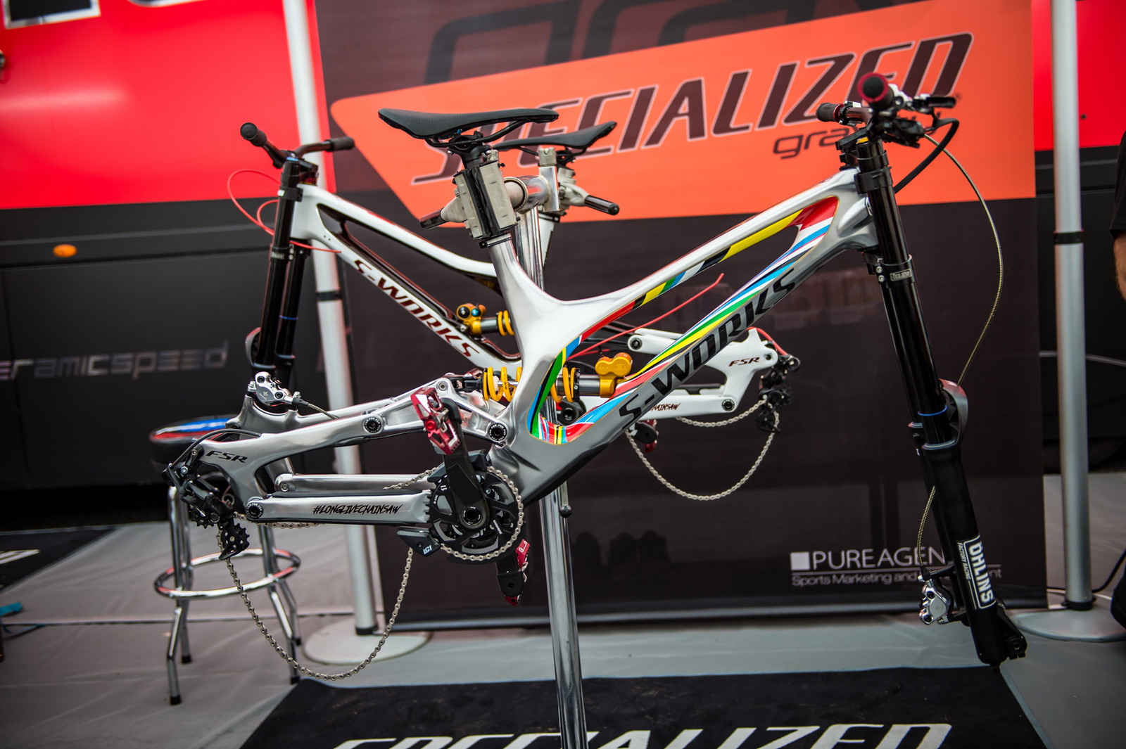 Finn Iles' Custom-painted Specialized S-Works Demo - 2017 Lourdes World Cup Pit Bits - Mountain Biking Pictures - Vital MTB
