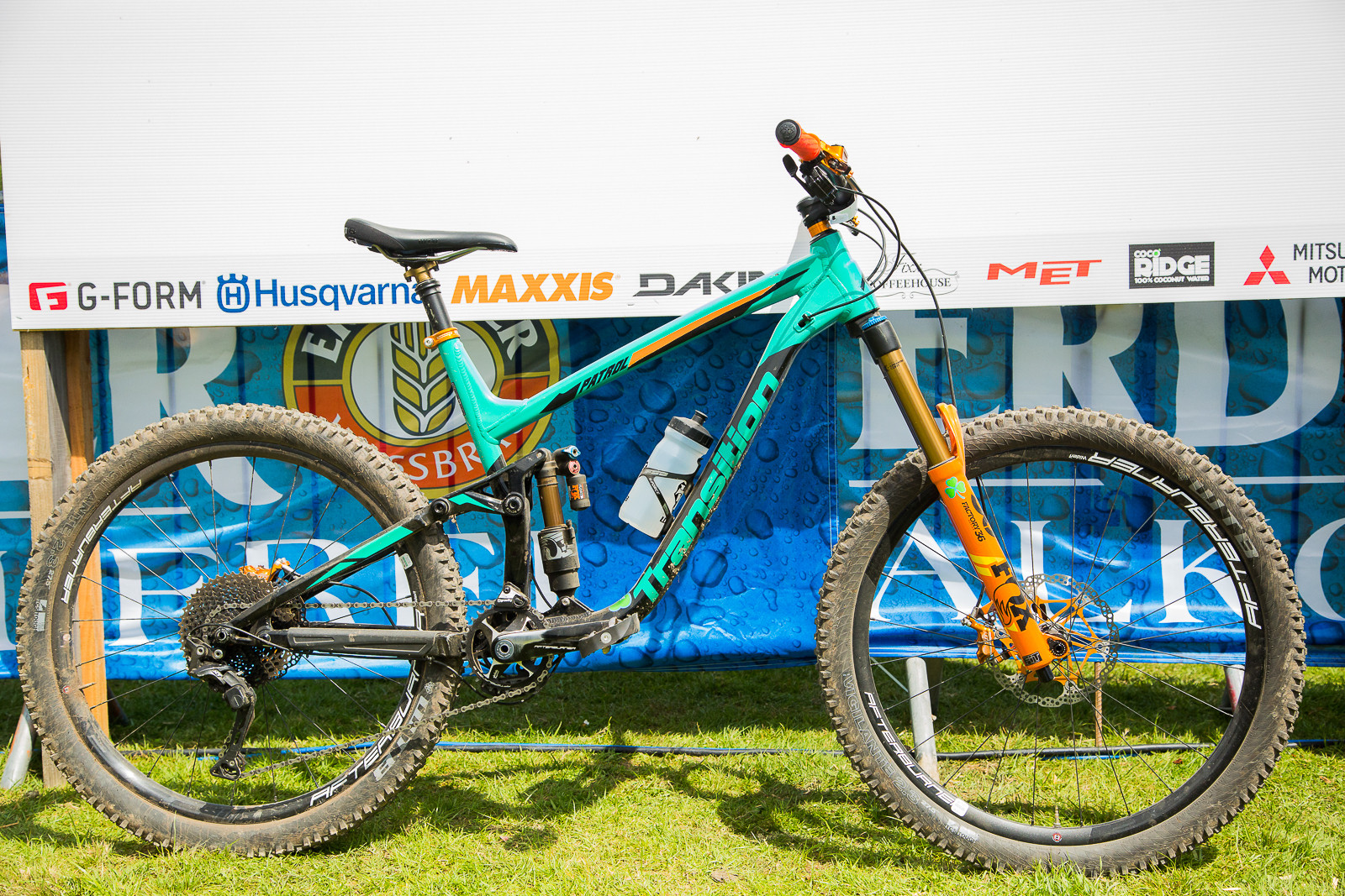 Dan Wolfe's Transition Patrol - 2017 Emerald Enduro EWS Pit Bits - Mountain Biking Pictures - Vital MTB