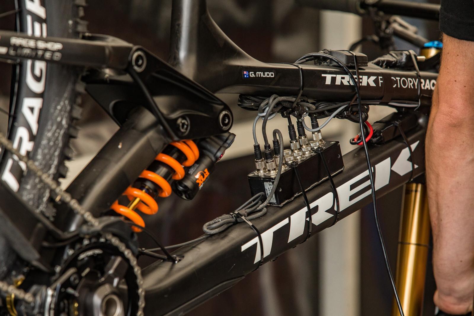 Trek's Telemetry - 2017 Fort William World Cup Pit Bits - Mountain Biking Pictures - Vital MTB