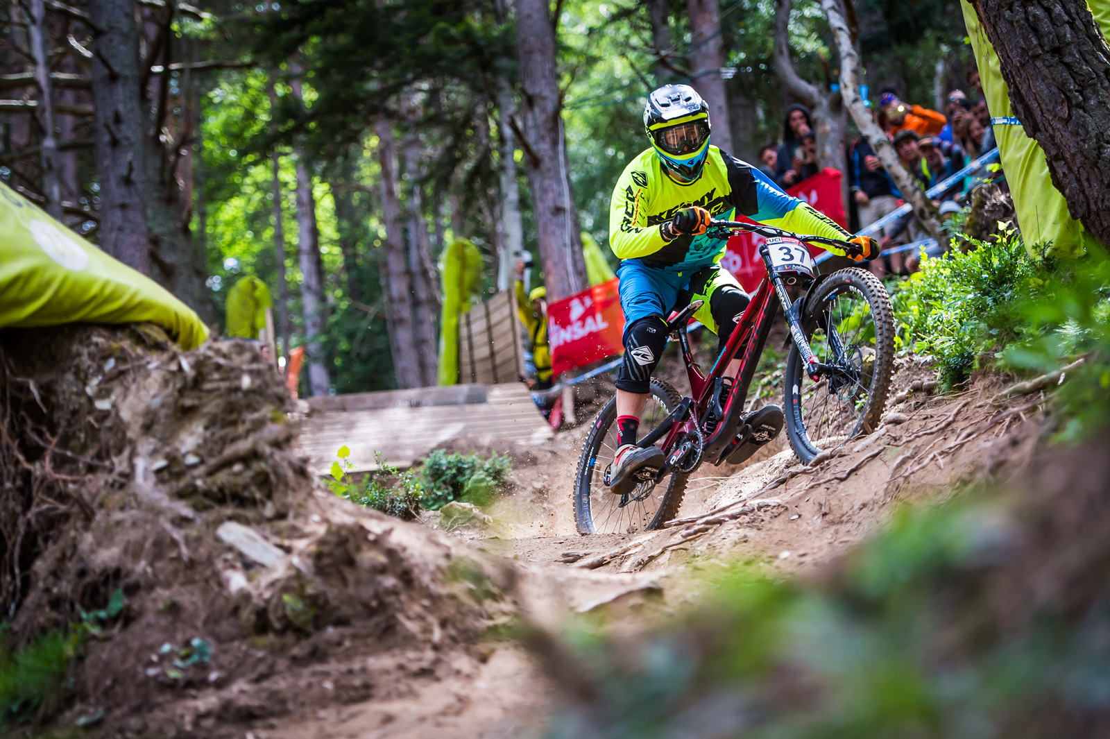Blenki Swapping Lines in Gully for Finals - iceman2058 - Mountain Biking Pictures - Vital MTB