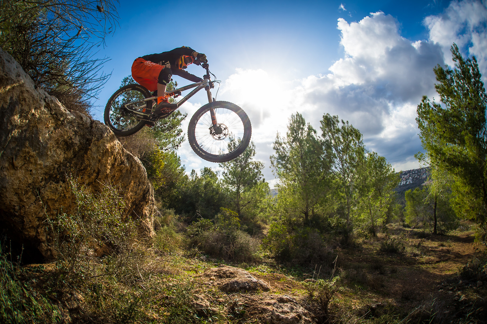 Dropping In - iceman2058 - Mountain Biking Pictures - Vital MTB