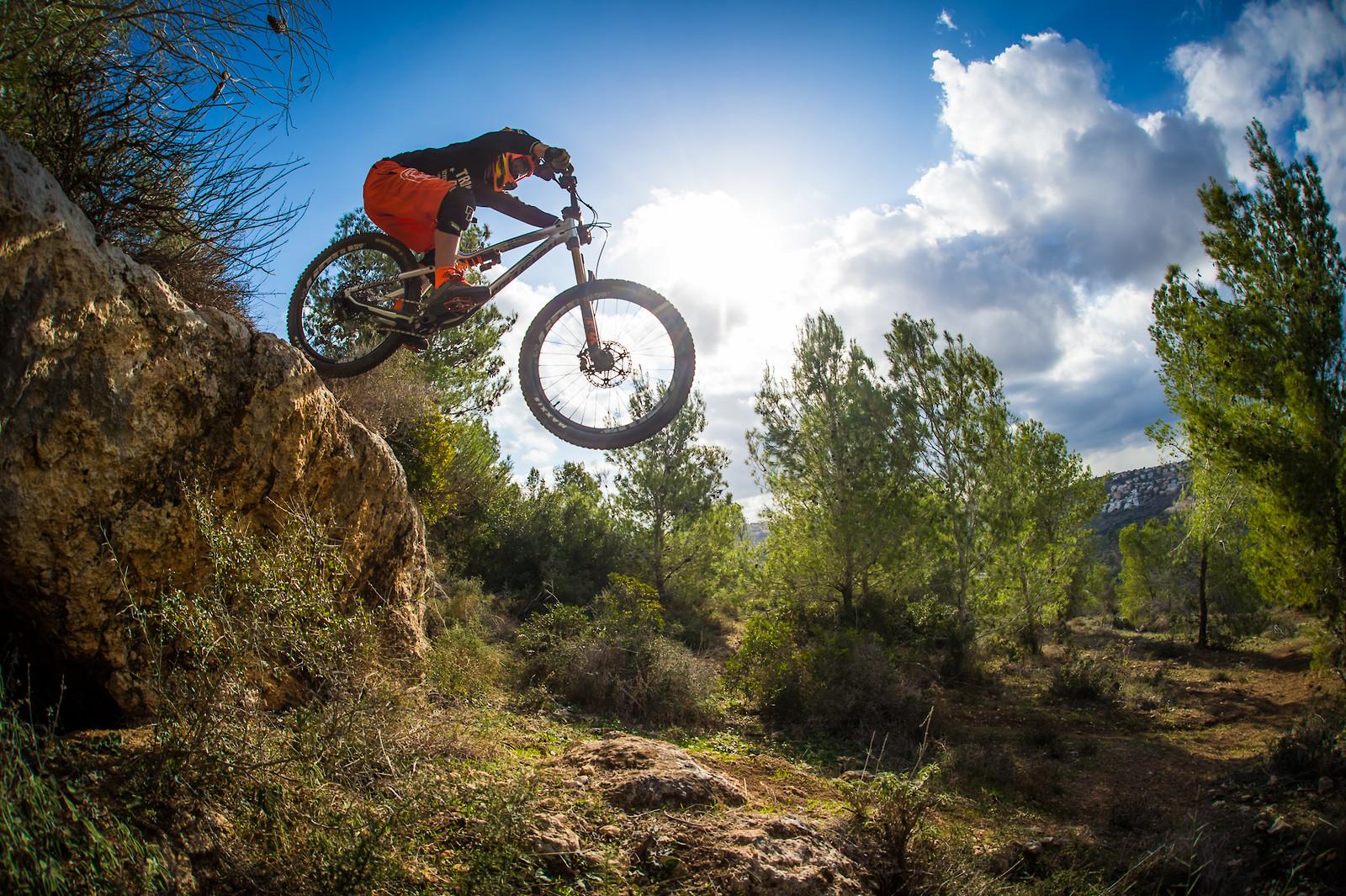 Dropping In - iceman2058 - Mountain Biking Pictures - Vital MTB
