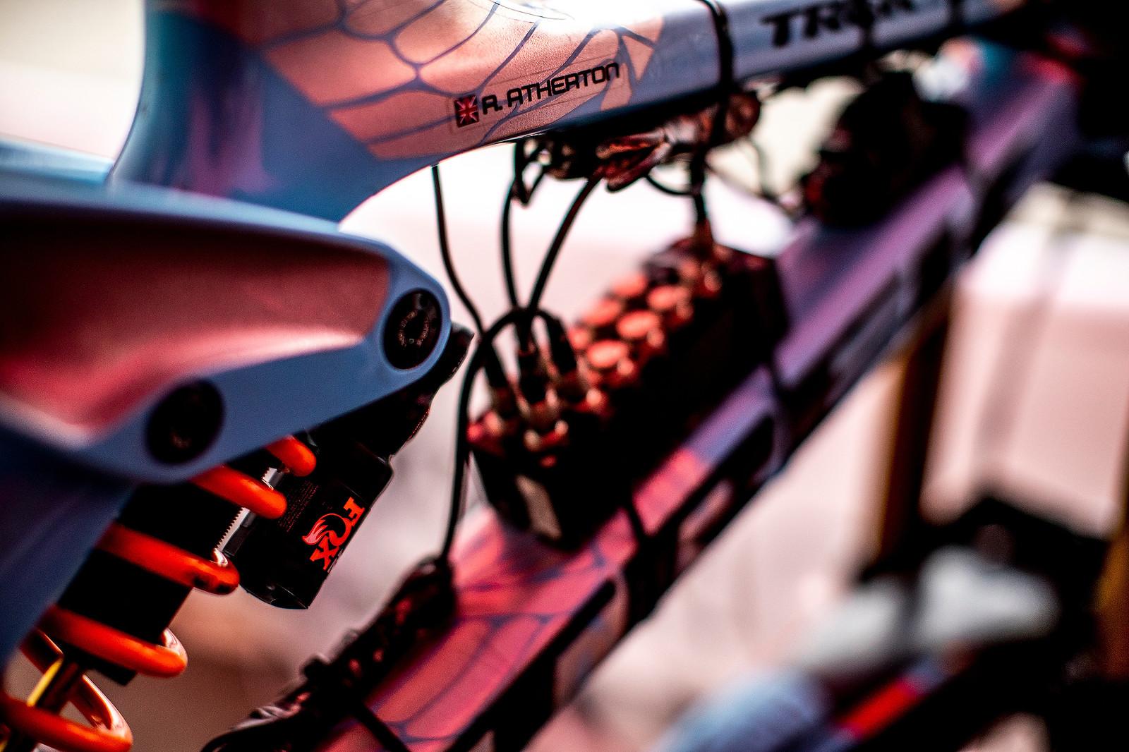 Trek Telemetry - Mont-Sainte-Anne 2018 PIT BITS - Mountain Biking Pictures - Vital MTB