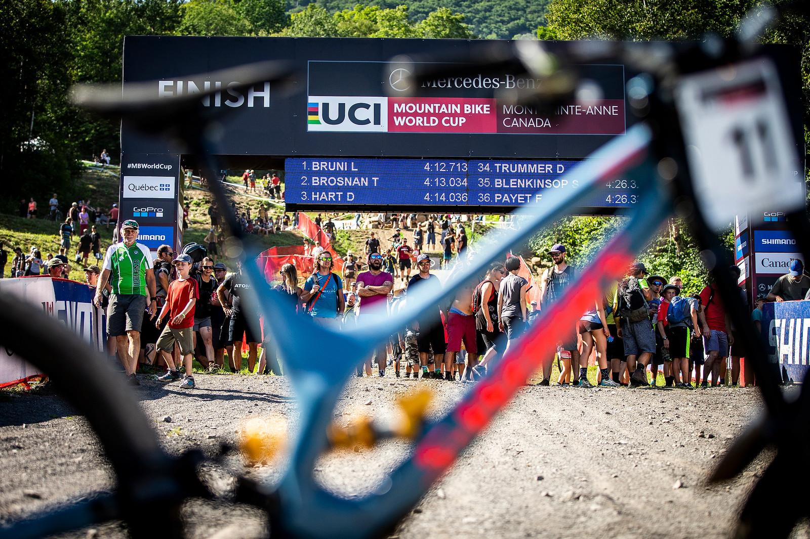 WINNING BIKE: Loic Bruni's Specialized Demo at Mont-Sainte-Anne - MSA 2018 Winning Bike: Loic Bruni's Specialized Demo - Mountain Biking Pictures - Vital MTB