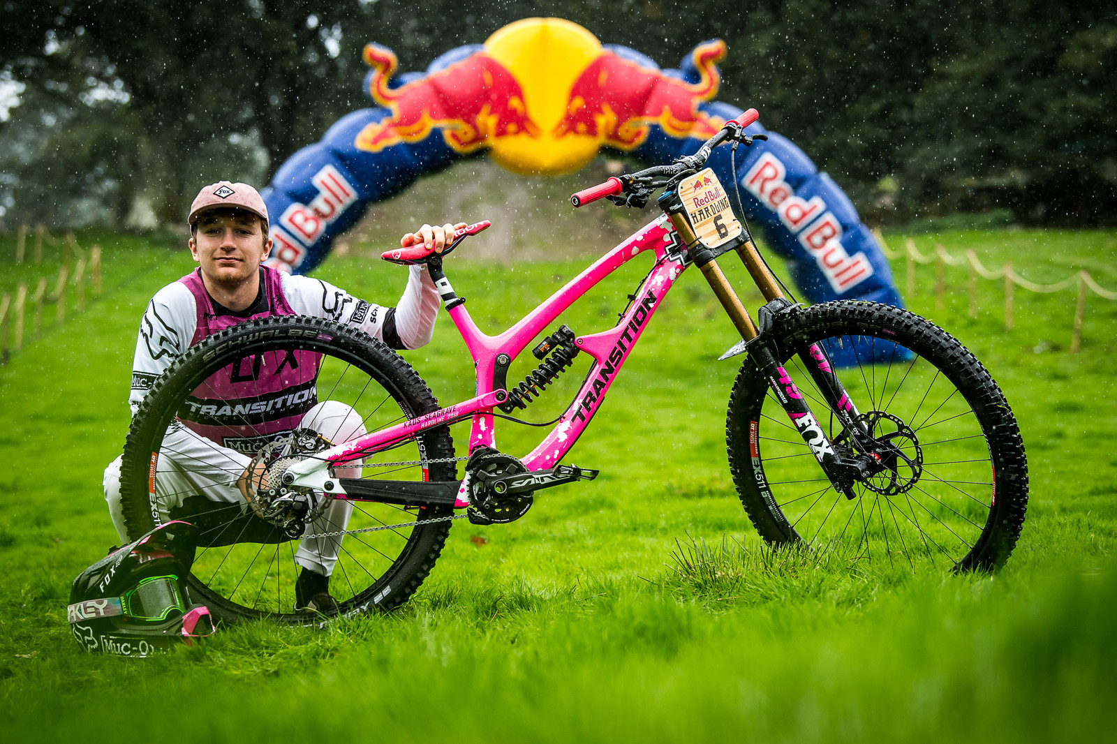 Kaos Seagrave and His Transition TR11 Pretty in PInk - Red Bull Hardline 2018 Riders and Bikes - Mountain Biking Pictures - Vital MTB