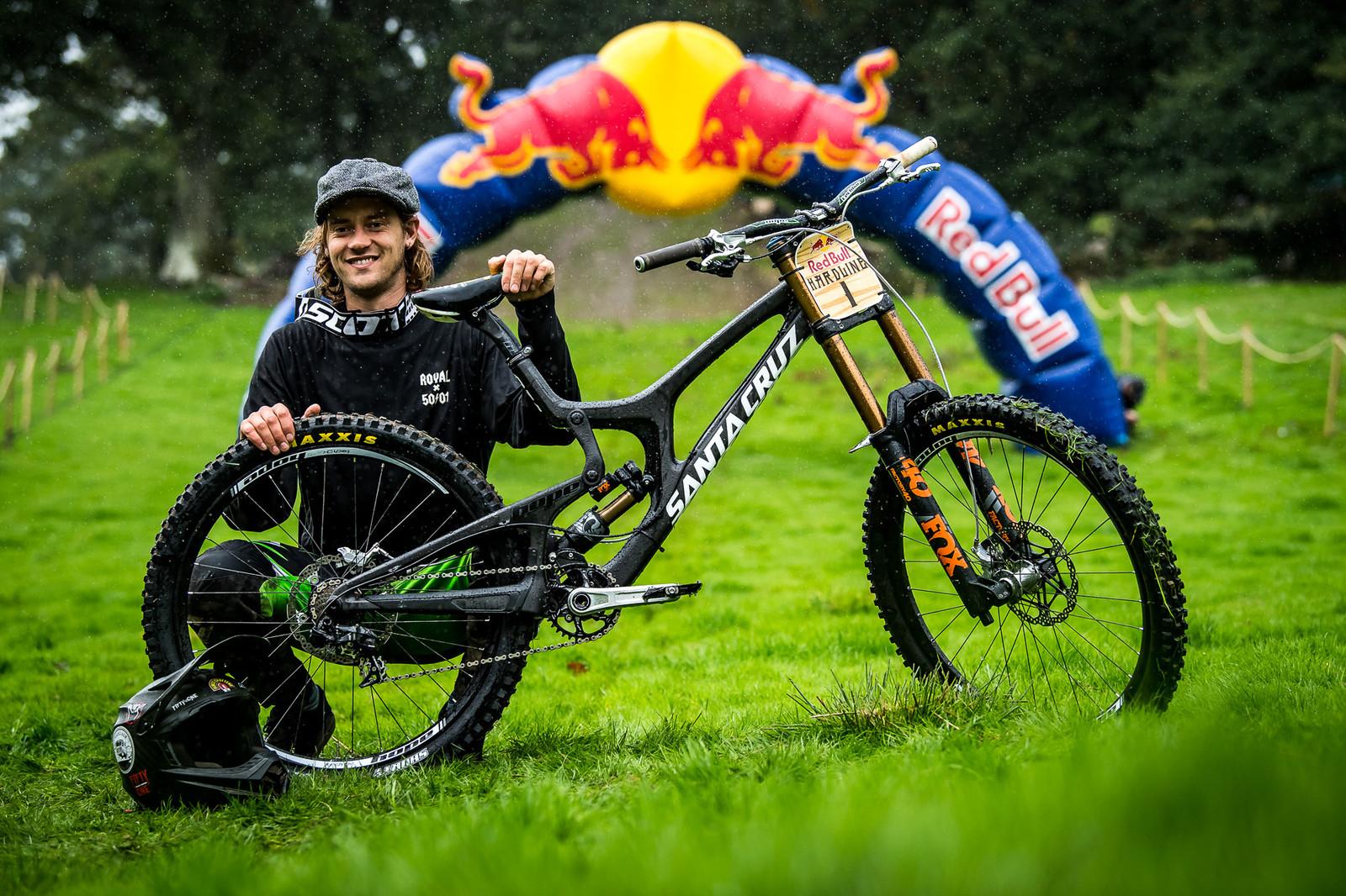 Craig Evans and His Santa Cruz V10 - Red Bull Hardline 2018 Riders and Bikes - Mountain Biking Pictures - Vital MTB