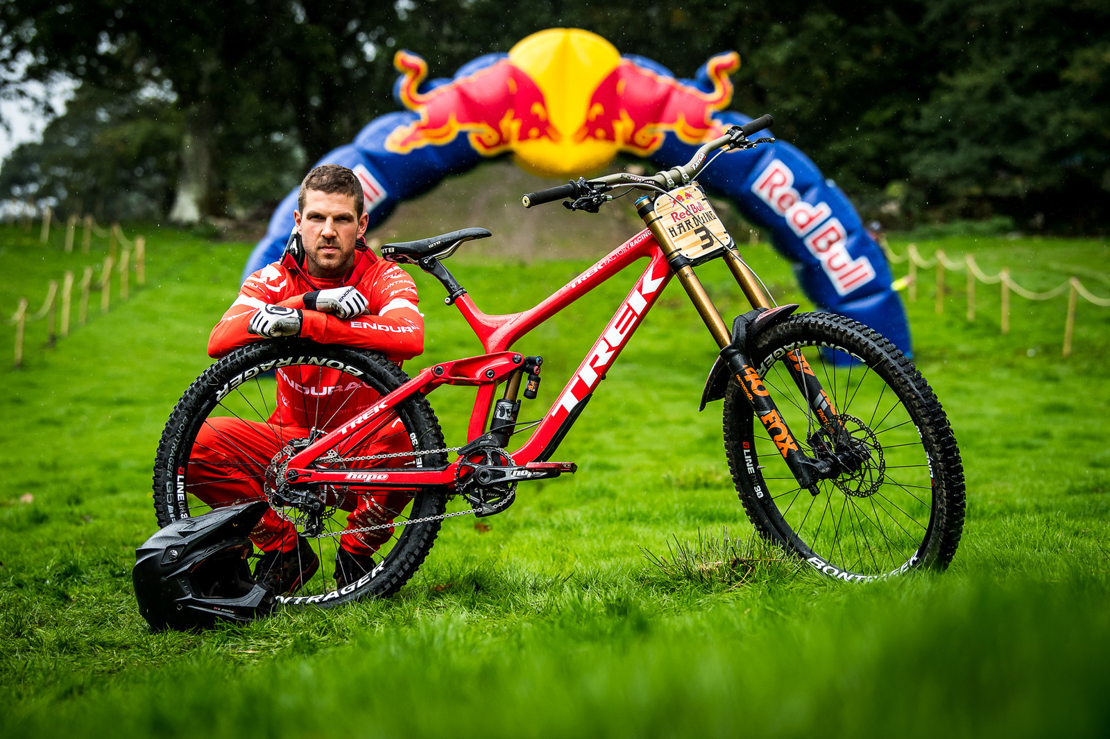 Dan Atherton and His Trek Session - Red Bull Hardline 2018 Riders and Bikes - Mountain Biking Pictures - Vital MTB