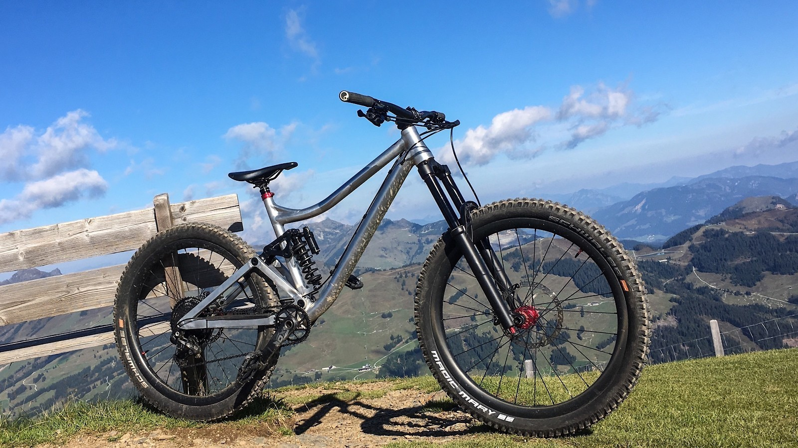 Last Coal - 2019 Vital Bike of the Day Collection - Mountain Biking Pictures - Vital MTB