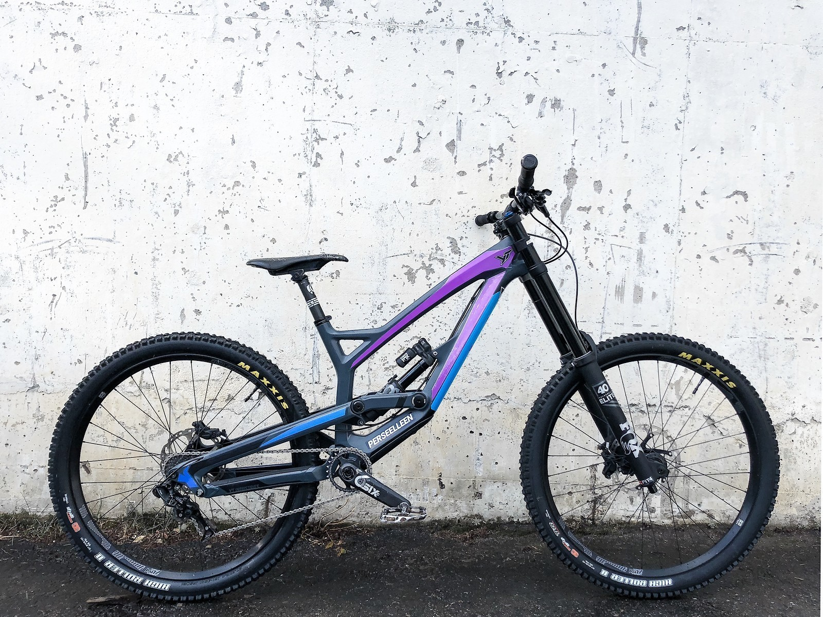 YT TUES Carbon DIY - 2019 Vital Bike of the Day Collection - Mountain Biking Pictures - Vital MTB