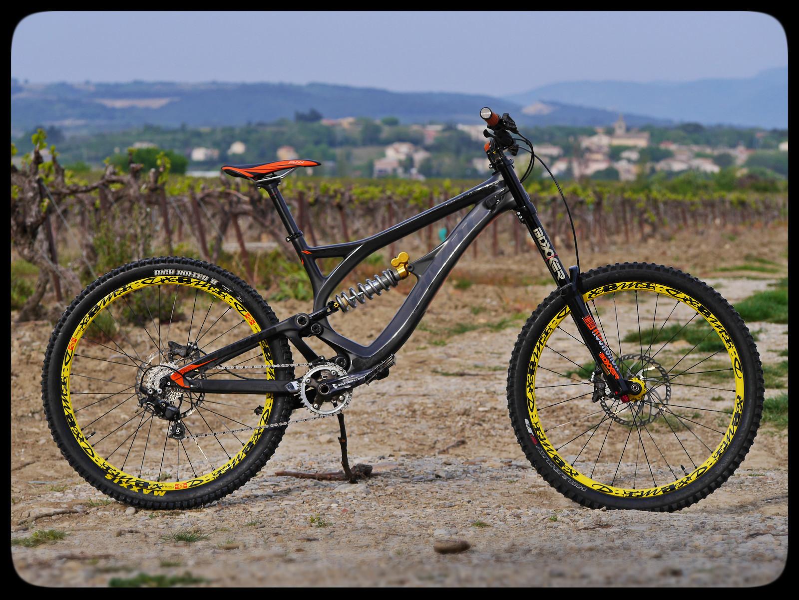 Pivot Phoenix Carbon - 2019 Vital Bike of the Day Collection - Mountain Biking Pictures - Vital MTB