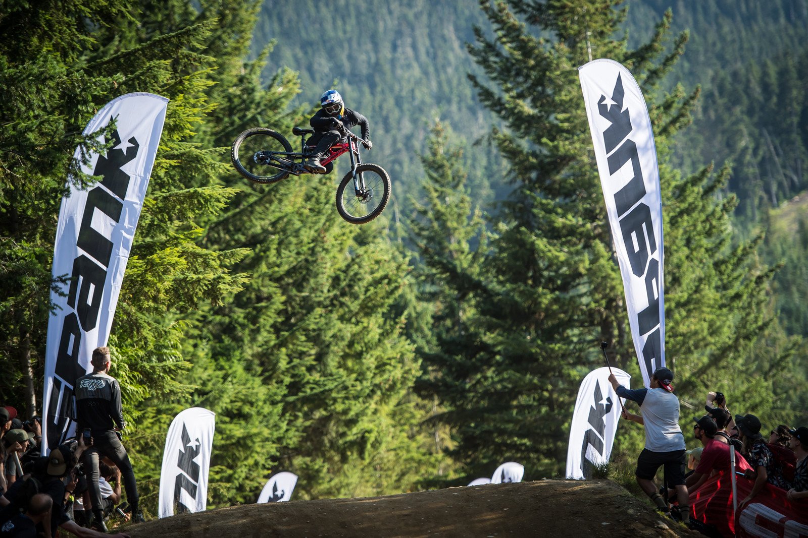 Storch Boost - 2019 Whip-Off World Champs Crankworx Whistler - Mountain Biking Pictures - Vital MTB