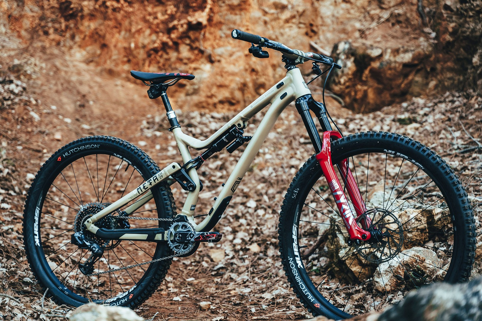 COMMENCAL ENDURO TEAM's New META AM 29 - COMMENCAL ENDURO TEAM's New META AM 29 - Mountain Biking Pictures - Vital MTB