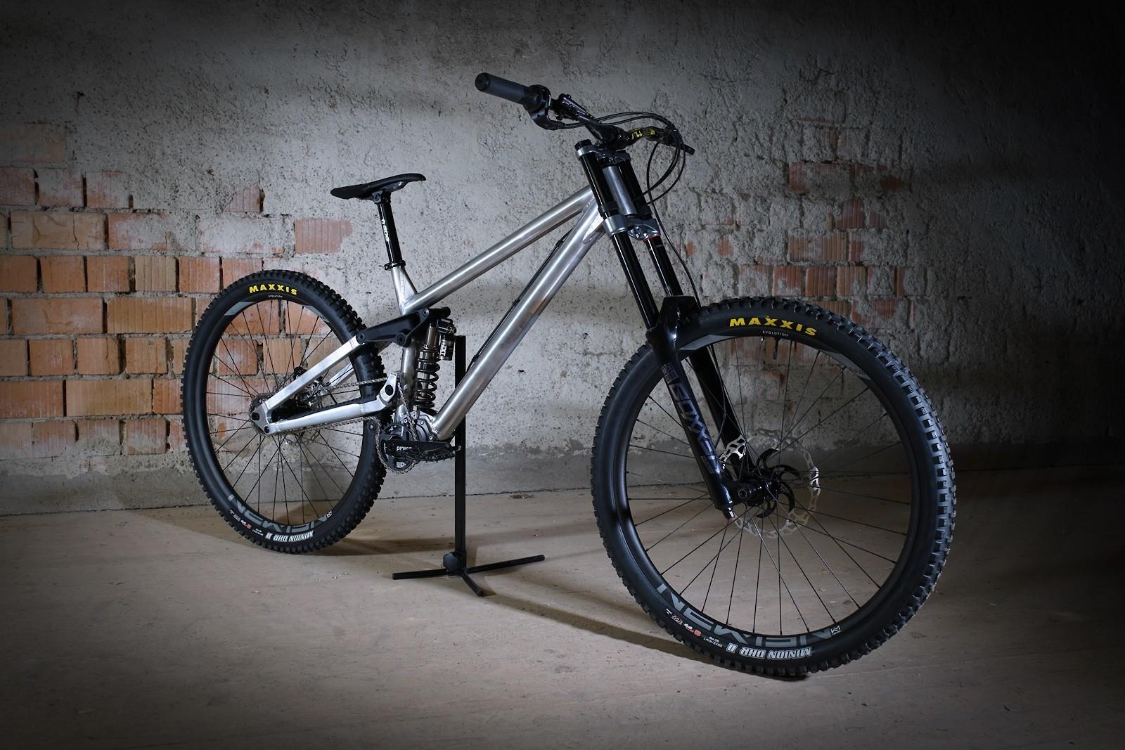 Shredmaster 2020 - Vital Bike of the Day December 2020 - Mountain Biking Pictures - Vital MTB