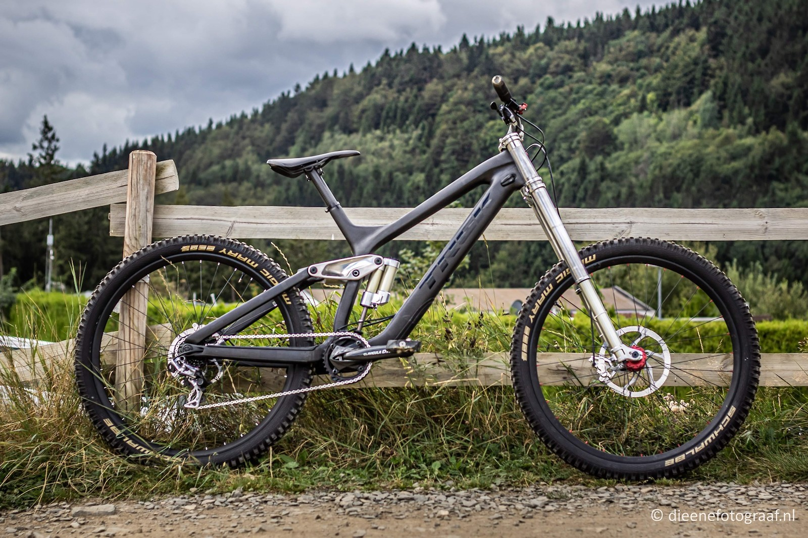 Trek Session 9.9 - Vital Bike of the Day December 2020 - Mountain Biking Pictures - Vital MTB