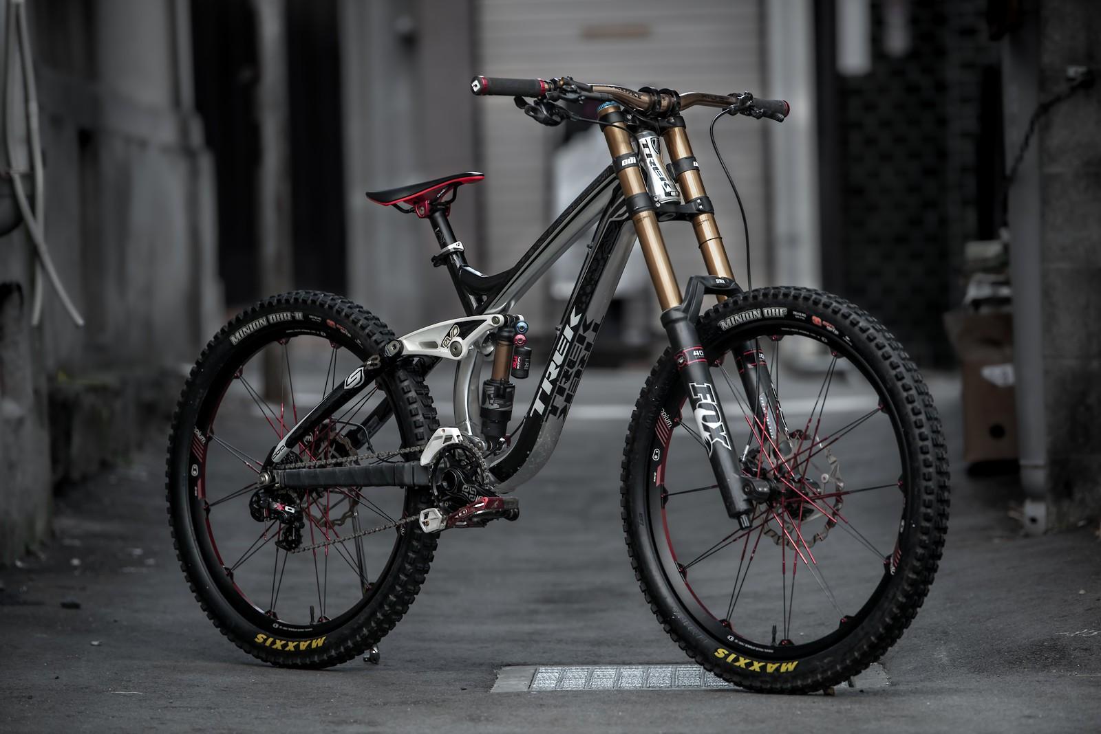 Trek Session 88 - Vital Bike of the Day January 2021 - Mountain Biking Pictures - Vital MTB