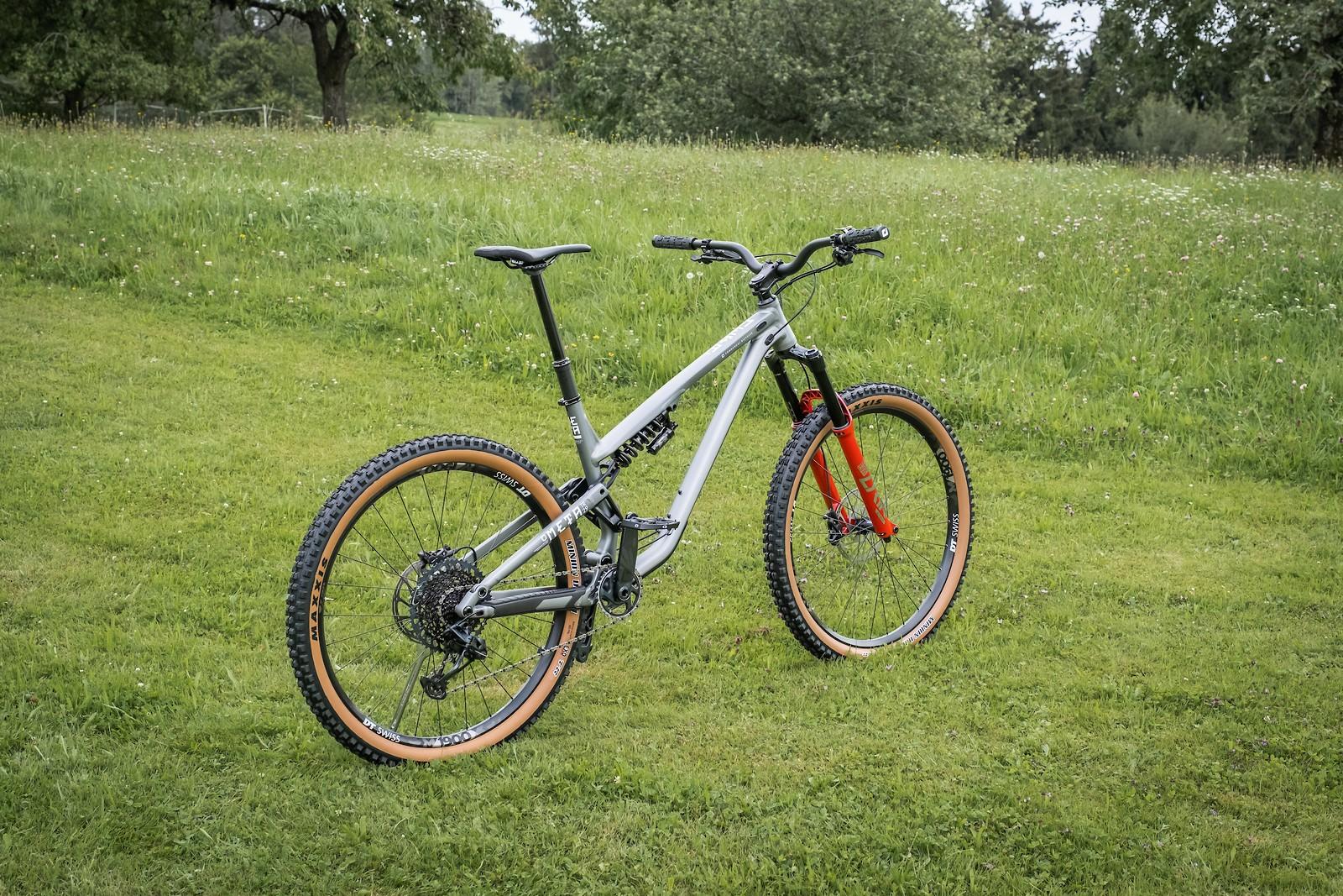 Commencal Meta TR Race - Vital Bike of the Day October 2021 - Mountain Biking Pictures - Vital MTB