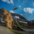 C138_dirt_jump