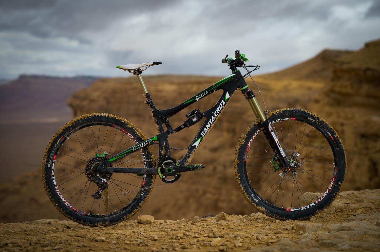 Sam Flanagan's Santa Cruz Nomad - iceman2058 - Mountain Biking Pictures - Vital MTB