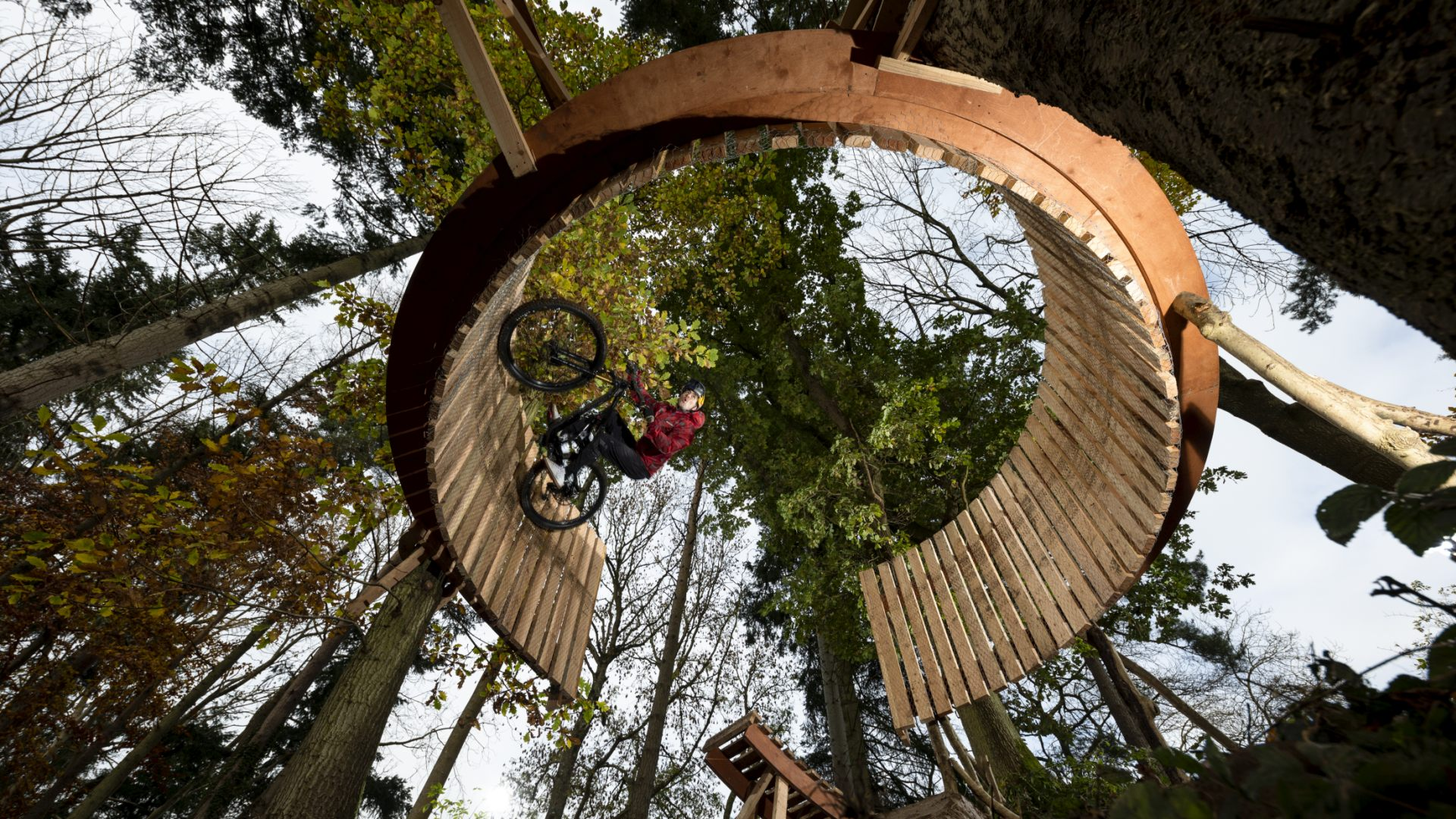 Mouth-Watering MTB Creativity | Kriss Kyle 'Out Of Season'