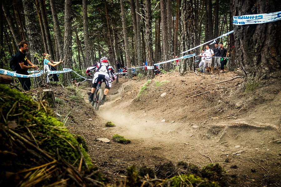Steve Peat Syndicate - general lee - Mountain Biking Pictures - Vital MTB