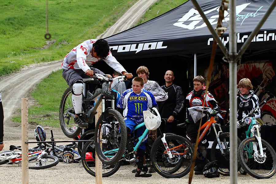 Bunny Hop Contest - solvista bike park - Mountain Biking Pictures - Vital MTB